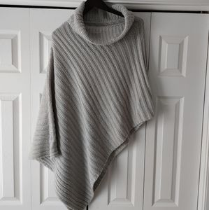 Asymmetrical sweater poncho grey S M L